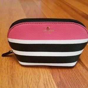 kate spade Bags - Kate Spade Hyde Lane Cosmetics case